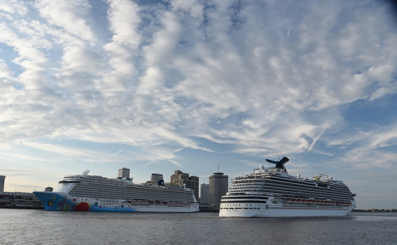 The Carnival Dream and Norwegian Breakaway in the Port of New Orleans