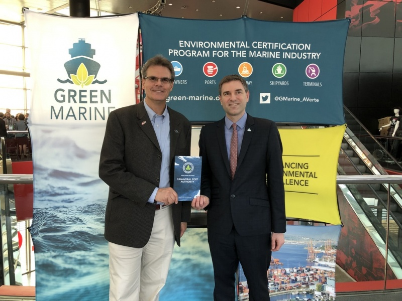 Bob Musser, Port Canaveral Senior Director, Environmental (L) receives  Green Marine certificate by David Bolduc, Green Marine Executive Director (R)  at GreenTech 2019 environmental conference in Cleveland last week