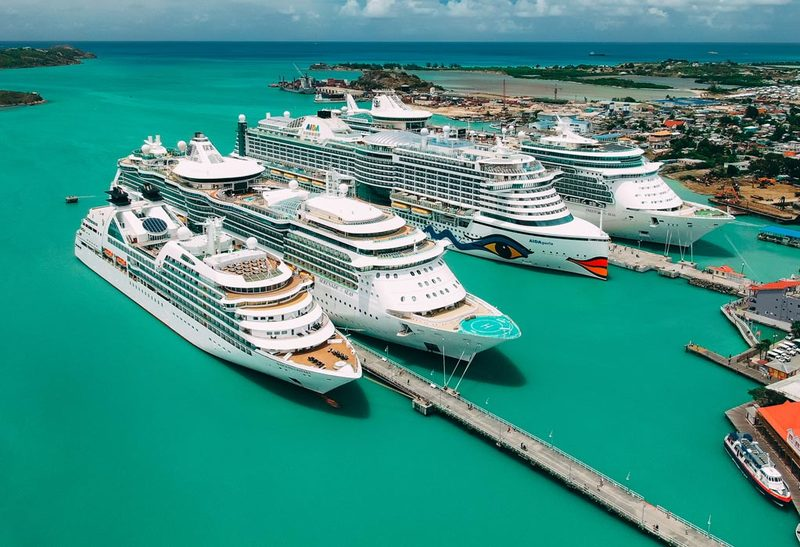 Seabourn, Royal Caribbean and AIDA Ships in Antigua